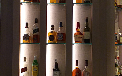 A Guide on How to Make a Stylish Home Bar
